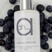 maket up remover 1 close up